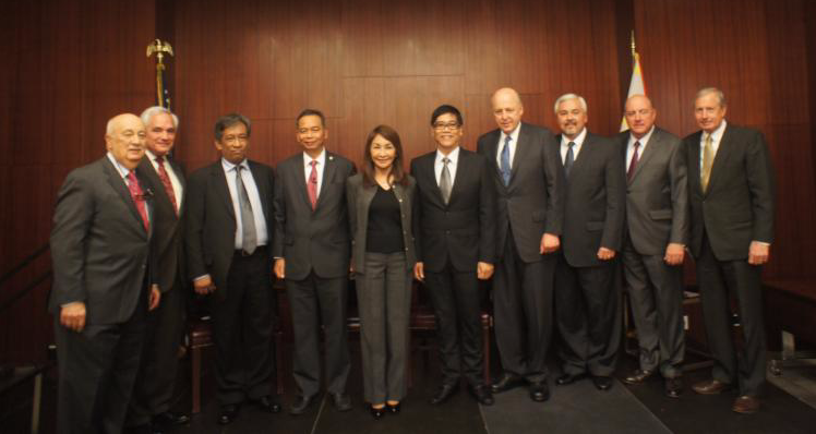 Members of the delegation participated in a forum at the Center for Strategic and International Studies, one of Washington's premier think tanks. In photo, Society Co-Chair, Amb. John Negroponte, fourth from right. Also in the picture, Society President Amb. John Maisto, Chamber of Shipping of America CEO Joe Cox, Representatives De la Cruz, Manalo, Garcia, Sarmiento; Society Directors Gerardo Borromeo & Henry Howard, and Executive Director Hank Hendrickson